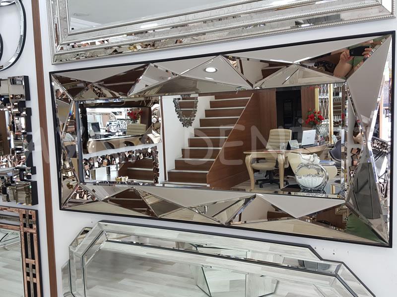 Piramit Model Modern Ayna