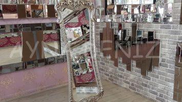 Bihter Model Gümüş Renk Ayaklı Boy Aynası