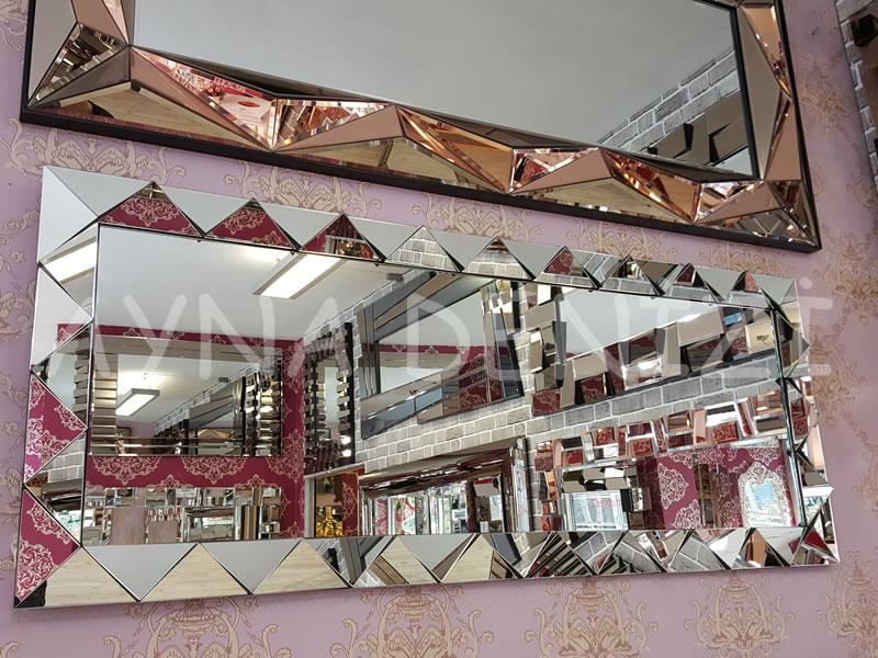 Triangel Model Modern Ayna