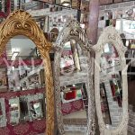 Zarif Model Altın Renk Ayaklı Boy Aynası-23