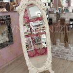 Zarif Model Eskitme Beyaz Renk Ayaklı Boy Aynası