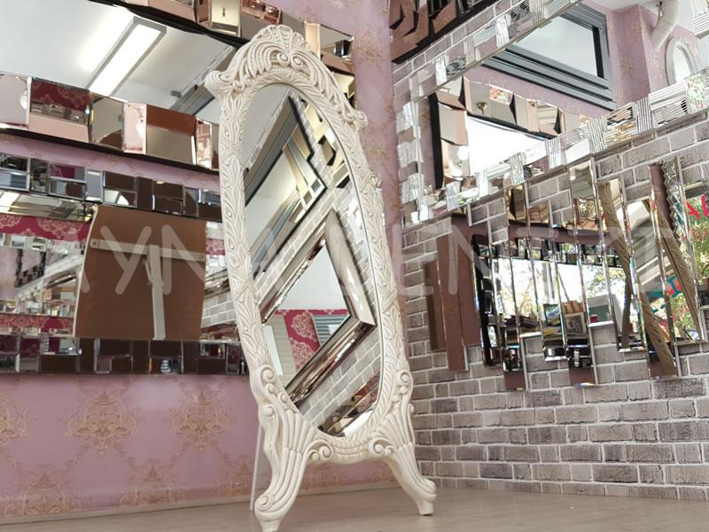 Zarif Model Eskitme Beyaz Renk Ayaklı Boy Aynası-2