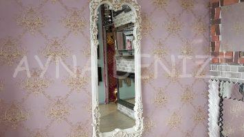 Klasik Model Eskitme Beyaz Renk Boy Aynası