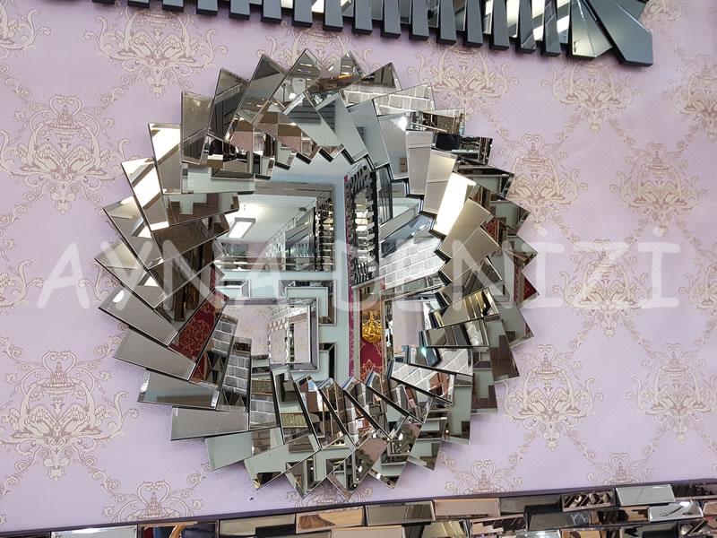Makaron Model Modern Ayna