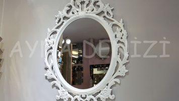 Vintage Taç Model Beyaz Renk Dekoratif Ayna