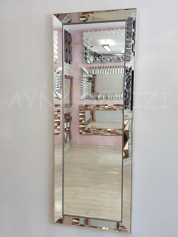 Ayna Çerçeveli Model Eskitme Gümüş Renk Boy Aynası