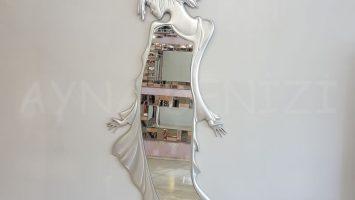 Kız Model Gümüş Renk Boy Aynası