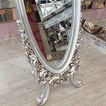 Selvi Model Gümüş Renk Ayaklı Boy Aynası-8