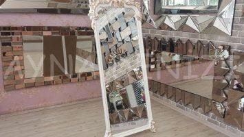 Vintage Madam Model Beyaz Altın Renk Ayaklı Boy Aynası