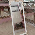 Vintage Madam Model Beyaz Altın Renk Ayaklı Boy Aynası-7