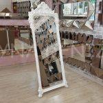 Vintage Madam Model Beyaz Renk Ayaklı Boy Aynası-1