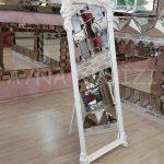 Vintage Madam Model Beyaz Renk Ayaklı Boy Aynası-2