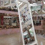 Vintage Madam Model Beyaz Renk Ayaklı Boy Aynası-3