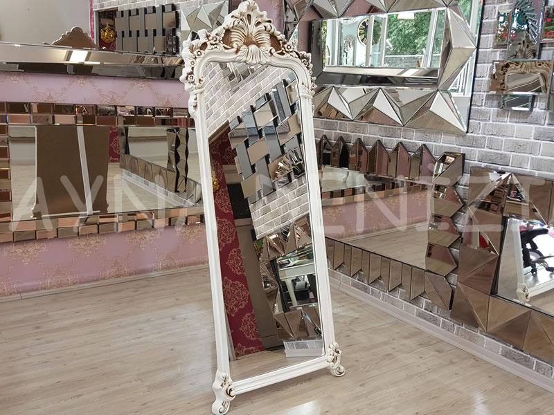 Vintage Madam Model Eskitme Beyaz Renk Ayaklı Boy Aynası