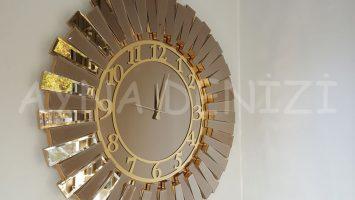 Güneş Golden Latin Bronze Model Altın Bronz Renk Aynalı Duvar Saati