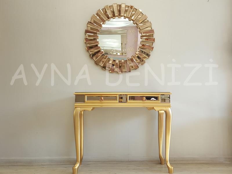 Vintage Golden Lükens Model Altın Renk Aynalı Dresuar Takımı