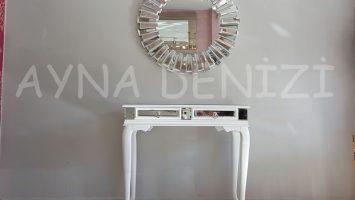 Vintage White Lükens Model Beyaz Renk Aynalı Dresuar Takımı