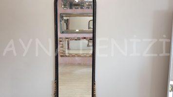 Matmazel Model Siyah Altın Renk Boy Aynası