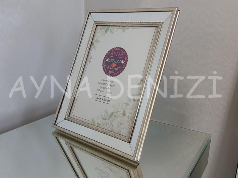 Jesy Fourth Silver Model Gümüş Renk Dekoratif Aynalı Resim Çerçevesi-1