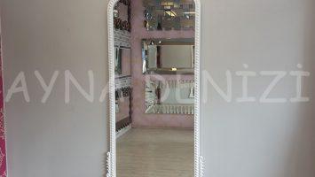 Sinyora Model Beyaz Renk Boy Aynası