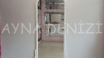 Sinyora Model Eskitme Beyaz Renk Boy Aynası
