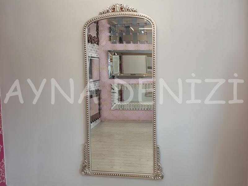 Sinyora Model Gümüş Renk Boy Aynası
