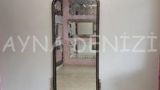 Sinyora Model Siyah Altın Renk Boy Aynası