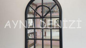 Paviya Model Siyah Renk Dekoratif Pencere Ayna
