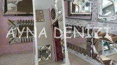 Sinyora Model Beyaz Renk Ayaklı Boy Aynası